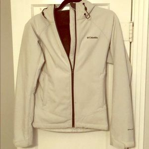 Women Columbia winter jacket